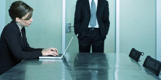 Le harcèlement sexuel en entreprise : quels sont les moyens à votre disposition pour le dénoncer ? - La DH