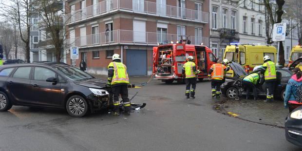 Tournai: Accident devant le palais de justice - La DH