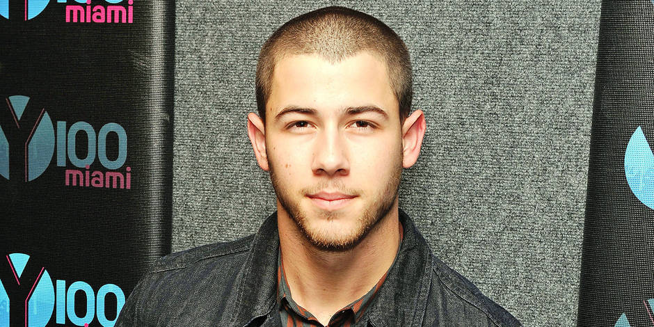 Nick Jonas joins radio station Hits 97.3 for an on stage interview
