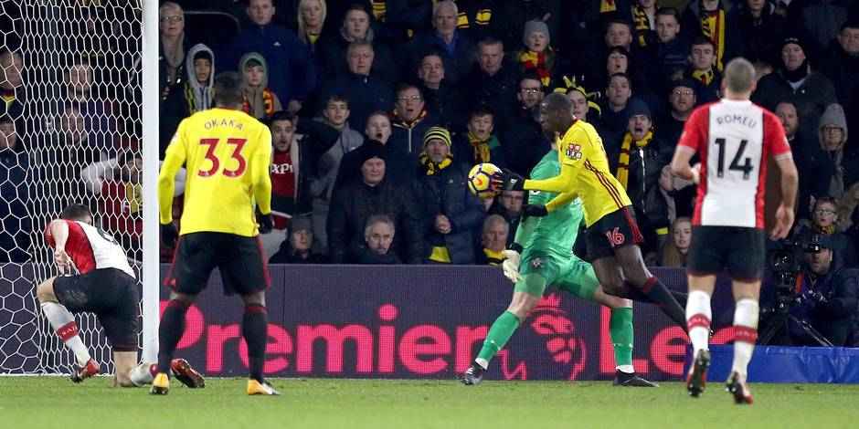 Quand Abdoulaye Doucouré égalise de la main pour Watford (VIDEO)
