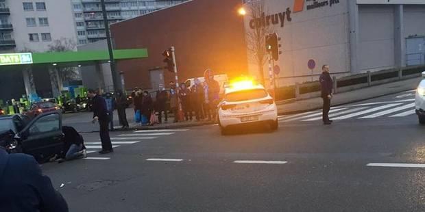 Anderlecht : Collision violente entre un taxi et une voiture - La DH