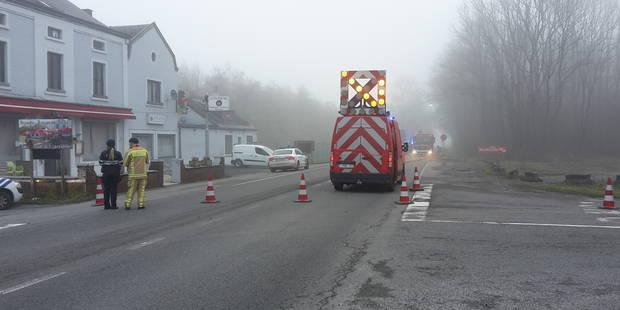 Une voiture se prend un camion: un ocotogénaire meurt - La DH