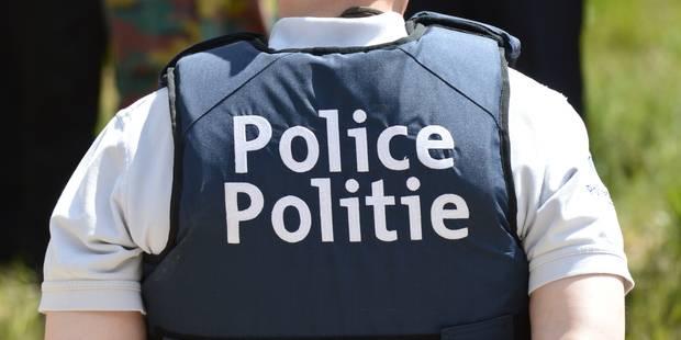 Il frappe un policier avec une fourche mais n'est pas responsable de ses actes - La DH