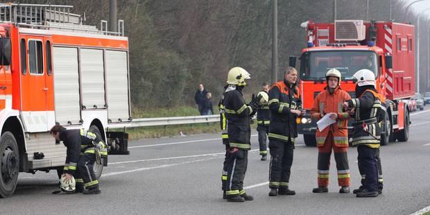 Sart-Dames-Avelines: Un camion se retourne; la chaussée de Namur est fermée - La DH