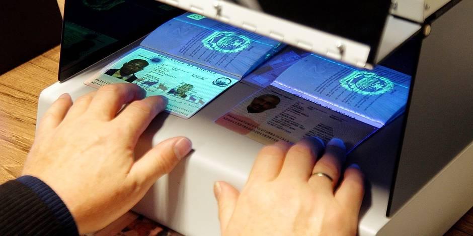 Trois faux documents saisis par jour dans nos aéroports ! - La DH