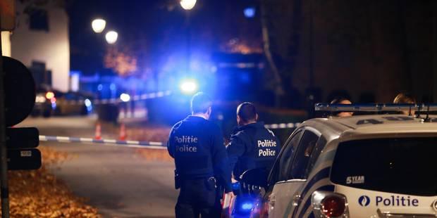 Un conducteur ivre percute un combi de police à Marchienne-au-Pont - La DH