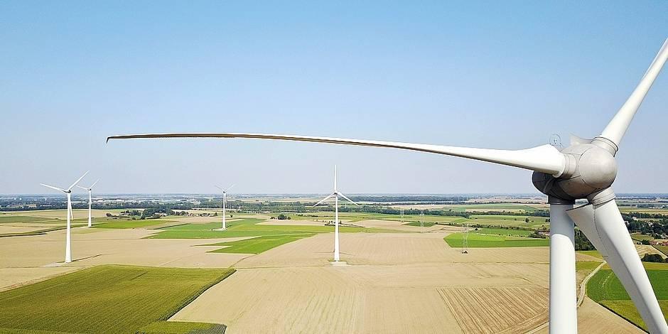 Eoliennes vent énergie Eneco Electrabel Engie environnement vert électricité aérien