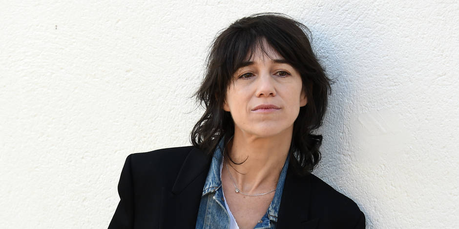 charlotte gainsbourg raconte comment la mort de son p re l a ravag e la dh. Black Bedroom Furniture Sets. Home Design Ideas