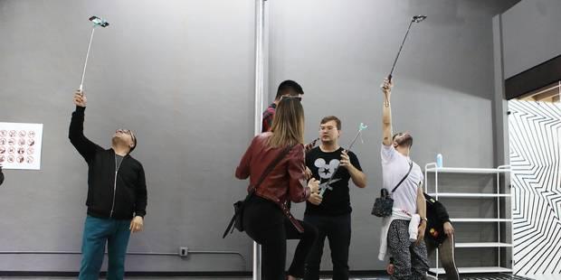 A Los Angeles, le selfie a maintenant son musée - La DH