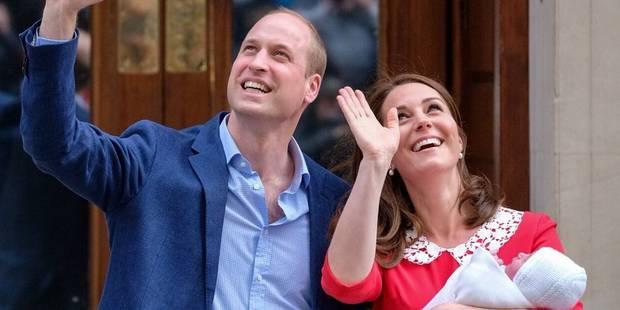 Kate Middleton et le prince William présentent leur troisième enfant (VIDEOS) - La DH